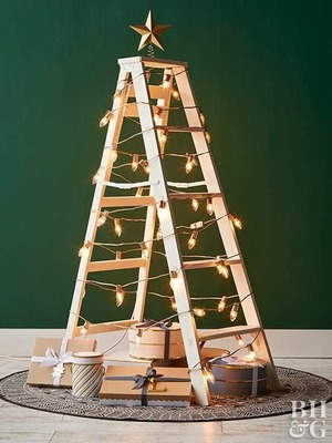 Ide-Kreatif-Dekorasi-Pohon-Natal-dengan-Barang-Bekas